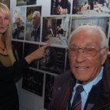 Sirella de Jong en meneer Samson met prijswinnende fotoserie