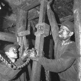 Mijnwerkers aan het werk ondergronds