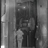 Vervoer lang materiaal naar het ondergronds bedrijf