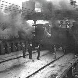 Vullen van ovenbatterij 3 Cokesfabriek Emma 2 (Beek)