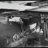 Kolenvervoer ondergronds op de Staatsmijn Wilhelmina