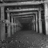Pijler met jacobstijlen ondergronds