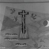Muurschildering achter het altaar in het kerkje op het Stikstofbindingsbedrijf