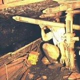 Veiligheidsfoto: foutieve wijze van bouwen ondergronds Staatsmijn Emma