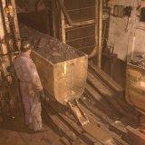 Seingever aan de schacht in ondergrondse laadplaats op de Staatsmijn Emma