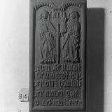 Beeld van Sint Barbara en Sint Katharina
