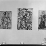 Drie verschillende afbeeldingen van Sint Barbara