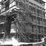 Arbeider met pneumatische hamer op het SBB