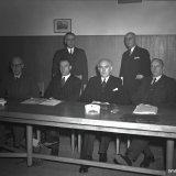 Afscheid Ir. Wijffels als voorzitter van de MIR. Op de foto de heren Ross van Lennep, Dohmen, Wijffels,  Tromp en Hennekens