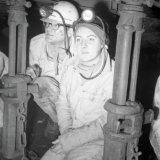 Bezoek Prinses Margriet en Pieter van Vollenhoven ondergronds Staatsmijn Emma