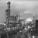 Avondopname van de Caprolactamfabriek op het SBB