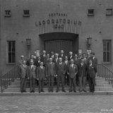 Groepsfoto van de OR bij het afscheid van Hoofdirecteur Van Aken