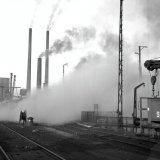 Het opblazen van blustoren 1 van de Cokesfabriek Emma onder leiding van ir. Schutte van de Staatsmijn Maurits