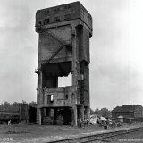 Opblazen van een toren van de voormalige Cokesfabriek Emma