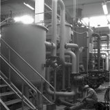 Kondensaat reinigingsinstallatie in de Waterfabriek (WAFA) Zuid op het Polychemiebedrijf