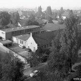 Luchtopname van het hoofdgebouw van het Fonds voor Sociale Instellingen (FvSI) in de Horizonstraat in Treebeek