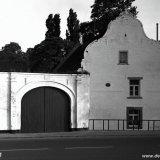 Vooruitspringende poort van een mergelboerderij in Houthem-St. Gerlach