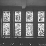 Gebrandschilderde ramen in de hal van het hoofdbureau der Staatsmijnen, ontworpen door Charles Eyck, aangeboden aan de drectie namens de beambten van de Staatsmijnen
