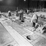 Overzicht van de in aanbouw zijnde ovens van de Cokesfabriek Emma 2