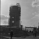 Watertoren in aanbouw op de Cokesfabriek Emma 2