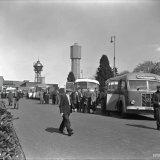 Mijnwerkers van de Staatsmijn Hendrik keren per bus huiswaarts
