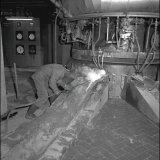 Het afsteken van de slak in de Oxygasfabriek