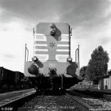Voorfront 1600 pk diesel locomotief van het Spoorweg- en Expeditiebedrijf
