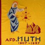 Vaandels en vlaggen van het Nederlands Mijnmuseum overgedragen